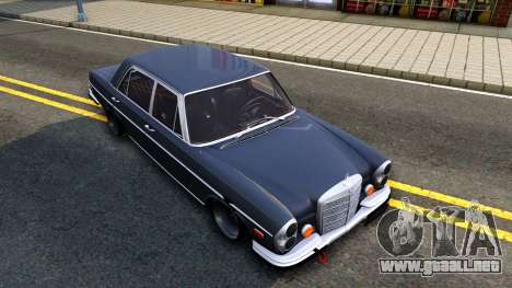 Mercedes-Benz 300SEL 6.3 para vista inferior GTA San Andreas