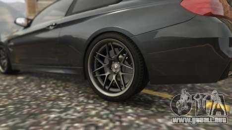 GTA 5 BMW M4 F82 2015 vista lateral trasera derecha