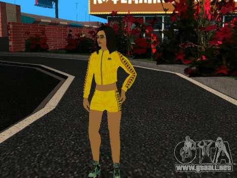 Linda chica Mika para GTA San Andreas
